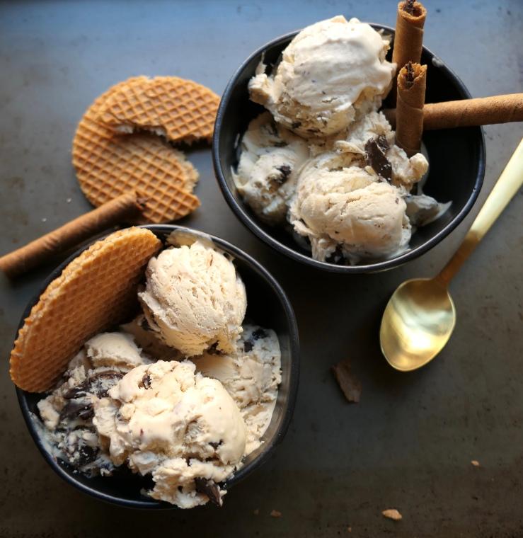 No Churn Chocolate Chunk Coffee Ice Cream - Slice Of Honey Blog